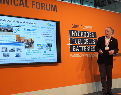 Thomas Jordan presents HySafe in Hannover